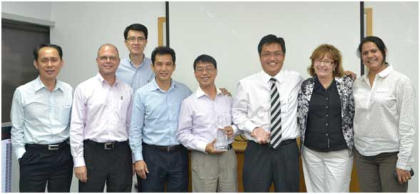 TTI Presents 2012 Supplier Excellence Award to Littelfuse